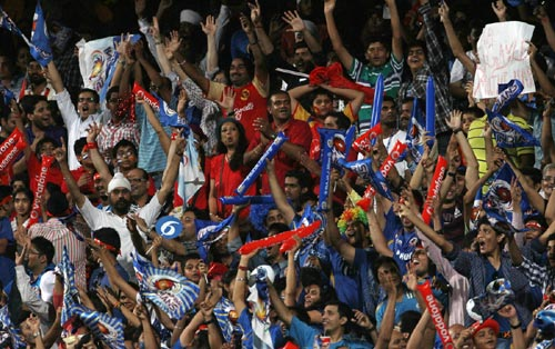 Mumbai Indian fans