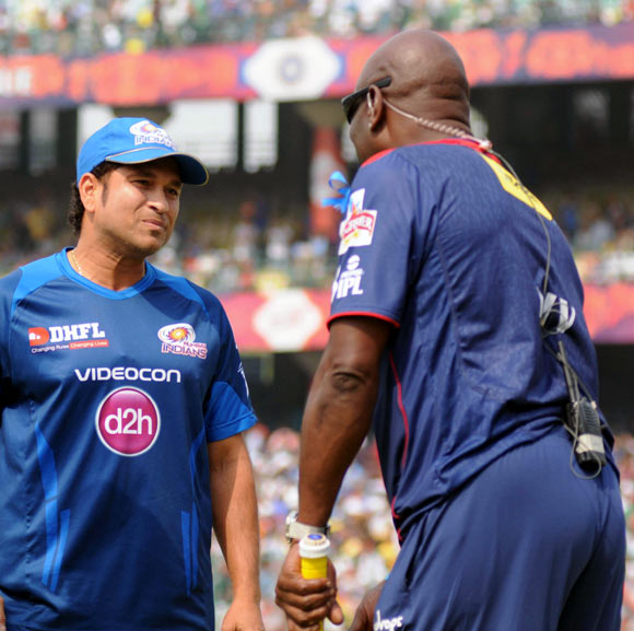 Sachin Tendulkar (left) with Viv Richards