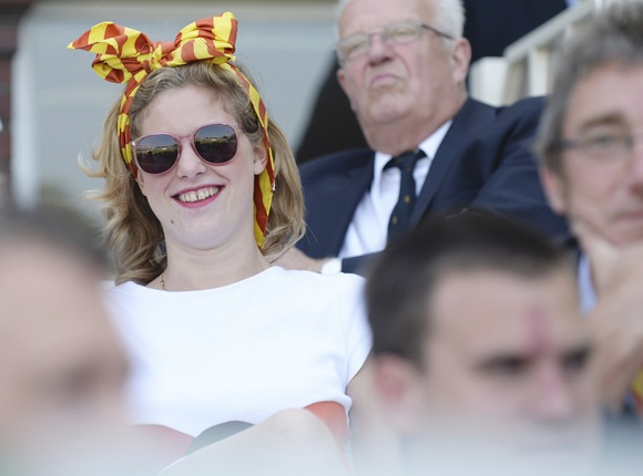 PHOTOS: Fans add colour and spark to The Ashes