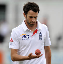 Onions added to England squad for fourth Ashes Test