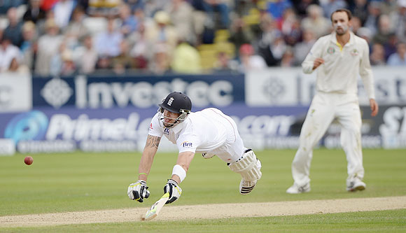 Kevin Pietersen of England dives back into his crease to avert a run-out on Day 3 of the 4th Ashes Test in Chester-le-Street, on Sunday