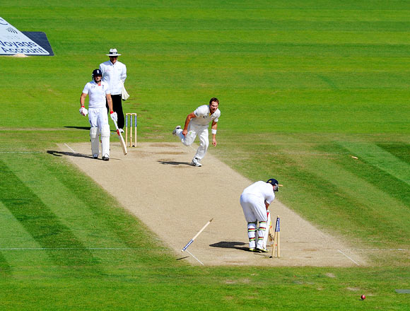 Ian Bell is bowled by Ryan Harris