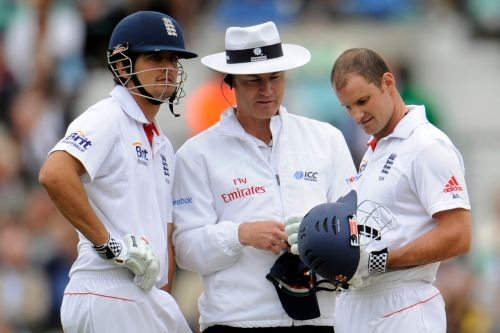 Alastair Cook, Simon Taufel and Andrew Strauss