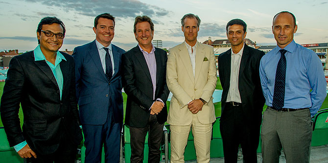 The special guests at the event organised by ESPNcricinfo in London on Monday