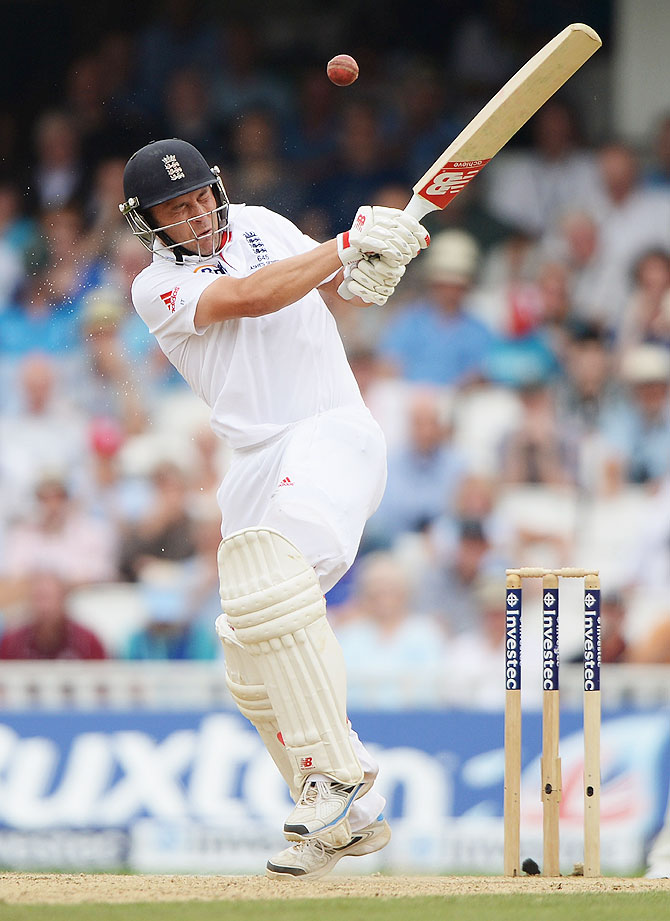 Jonathan Trott misses a short pitched delivery on Day 3 of the 5th Ashes Test on Friday