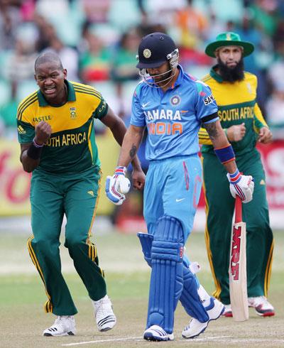 Lonwabo Tsotsobe celebrates Virat Kohli's wicket