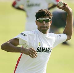 Ranji Roundup: Jaffer steadies Mumbai against Odisha; Nehra rips apart Vidarbha