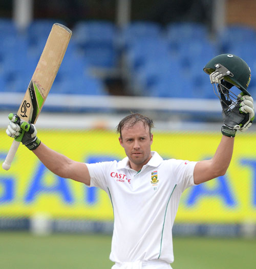 AB de Villiers of South Africa celebrates his century