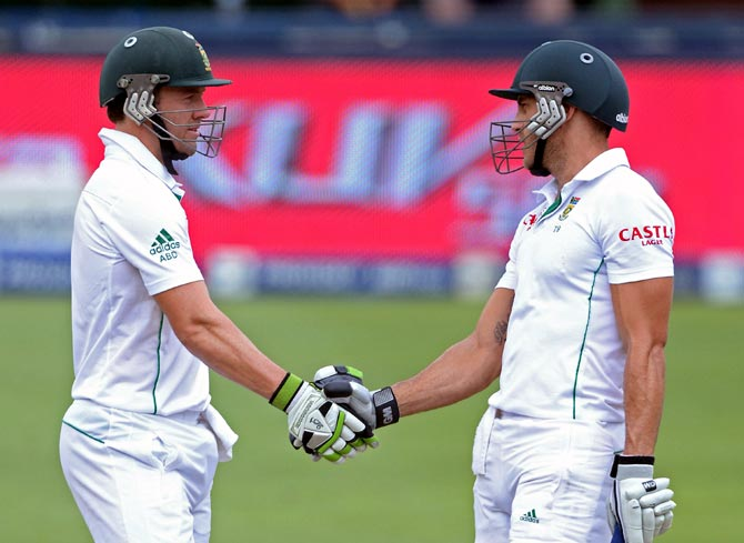 AB de Villiers (left) with Faf du Plessis