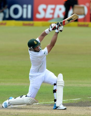 Kallis nears century with Durban Test in the balance