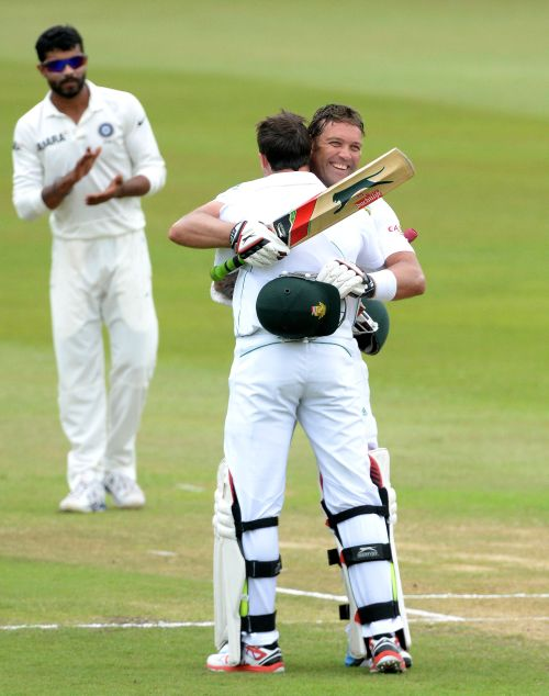 Jacques Kallis celebrates after getting to his hundred