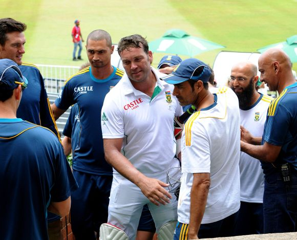 Jaques Kallis is greeted by teammates