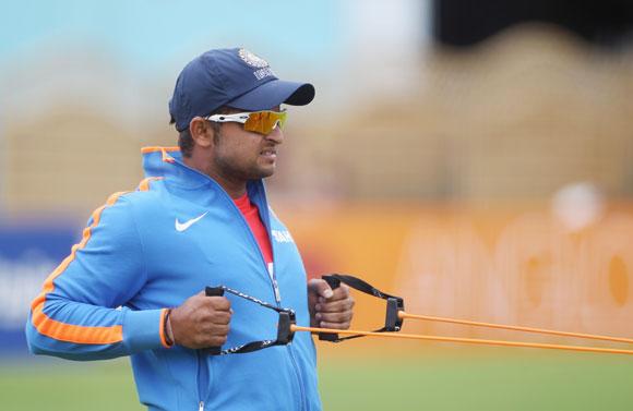 Confident Raina eyes comeback to Test team