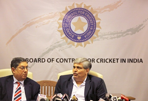Is Oz media right in slamming BCCI's resistance to DRS?