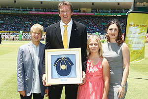 McGrath poses with his family after bein inducted into ICC Hall of Fame