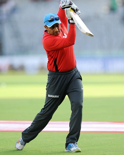 Sehwag or Gambhir might sit out