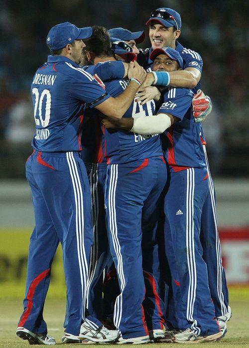 England players celebrate after winning the ODI