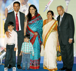 File picture of Rahul Dravid with his wife, children and parents