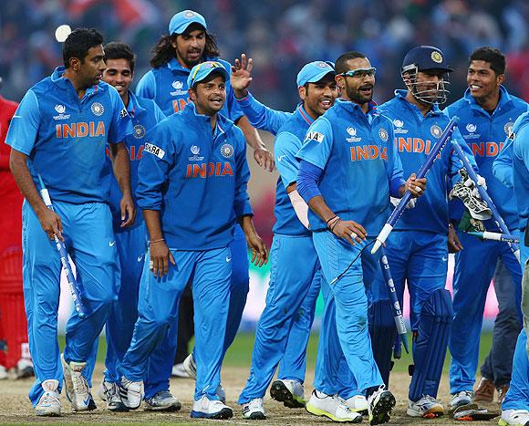 India need to beat Sri Lanka to enter tri-series final