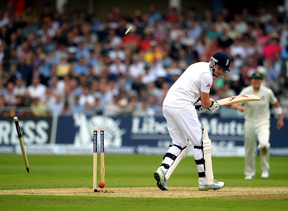 Jonny Bairstow is bowled by Mitchell Starc