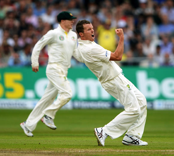 Peter Siddle celebrates after claiming the wicket of Matt Prior