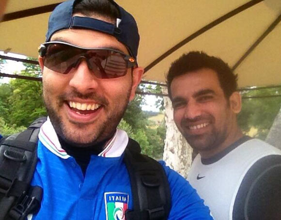 Yuvraj Singh (left) with Zaheer Khan