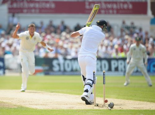 James Pattinson bowls Kevin Pietersen