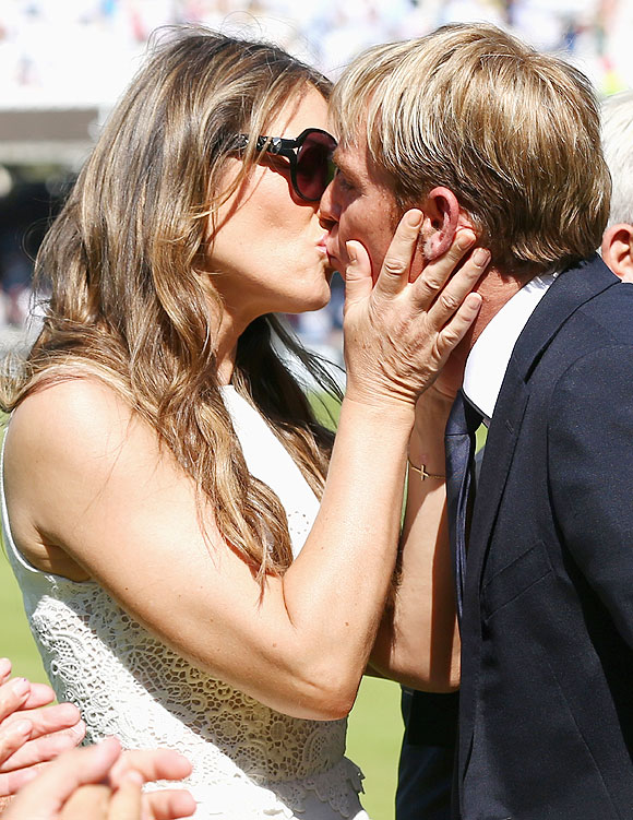 Shane Warne is congratulated by his fiance Elizabeth Hurley after he was inducted into the ICC Cricket Hall of Fame during Day 2 of the 2nd Ashes Test at Lord's Cricket Ground in London on Friday