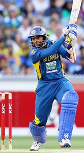 Dilshan century guides Sri Lanka to series win
