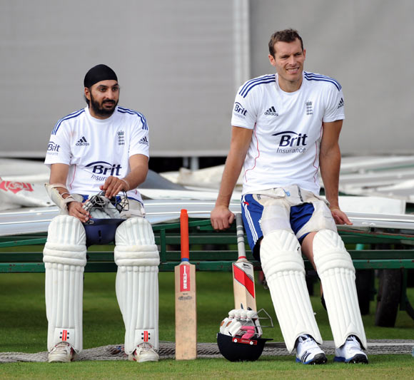 Chris Tremlett (right) with Monty Panesar