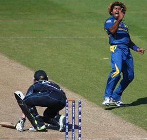 Top performer: Malinga almost slings it Sri Lanka's way