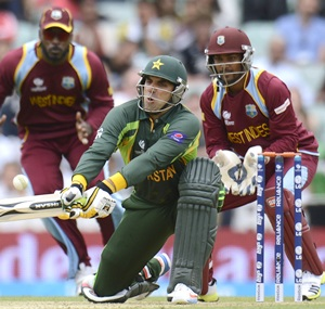 West Indies keeper Ramdin banned for two matches