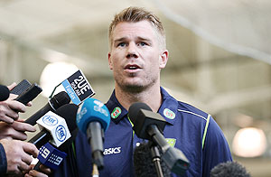 Warner dropped for attacking England player Root