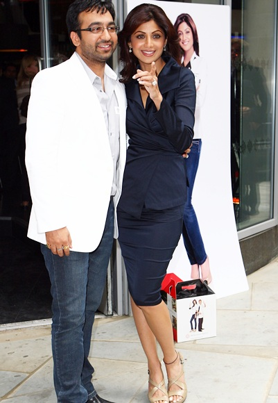 Shilpa Shetty and Raj Kundra attend a photocall