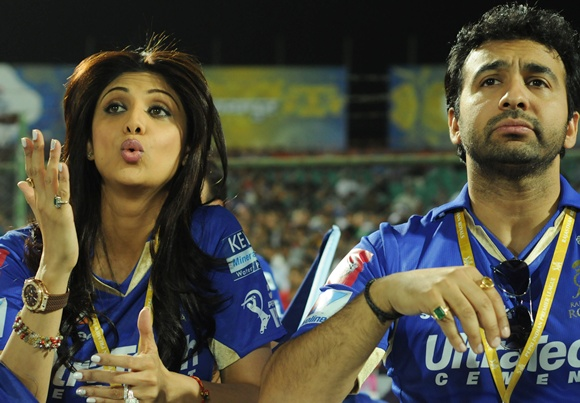 Shilpa Shetty and Raj Kundra during an IPL match