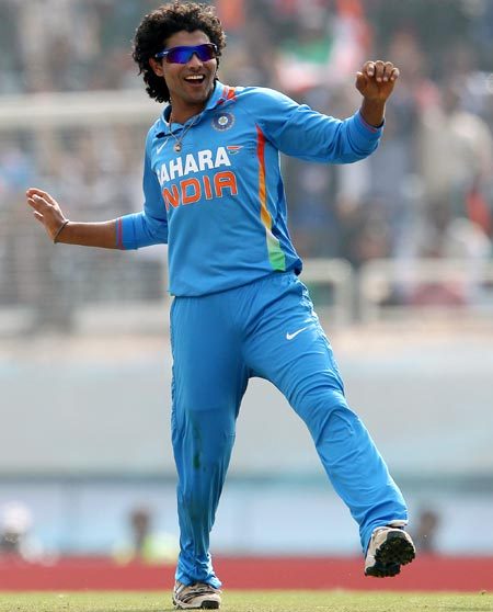 Rediff Sports - Cricket, Indian hockey, Tennis, Football, Chess, Golf - Champions Trophy Stats: Jadeja is leading wicket taker!