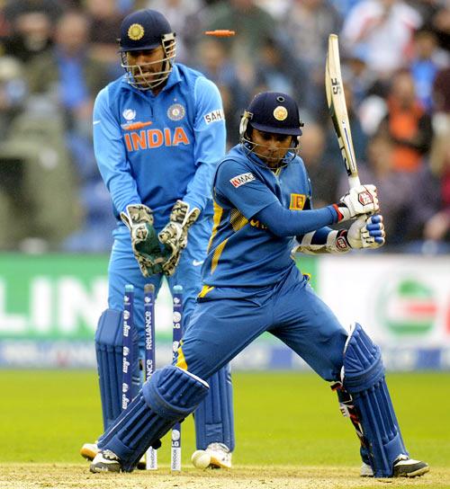 Mahela Jayawardene is bowled by Ravindra Jadeja