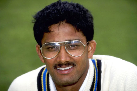 f5cca5bfa36 10 Famous Cricketers Who Played in Spectacles