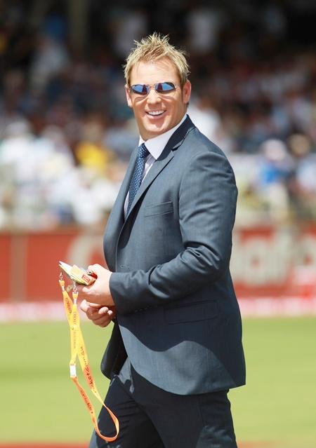 What's happening is ridiculous, says Warne