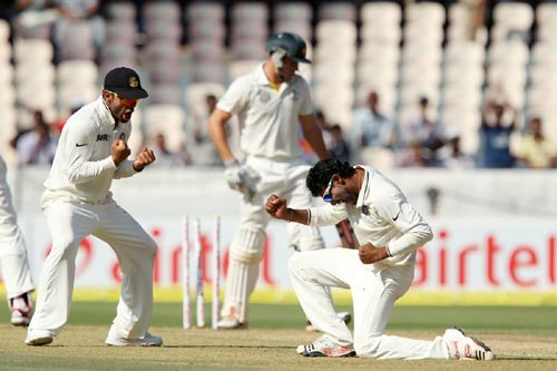 Ravindra Jadeja celebrates after dismissing Henriques