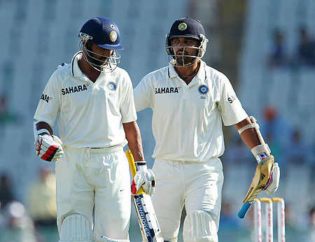 Murali Vijay congratulates Shikhar Dhawan