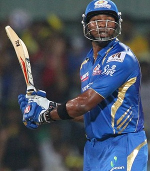 Mumbai Indians fret over Pollard's fitness