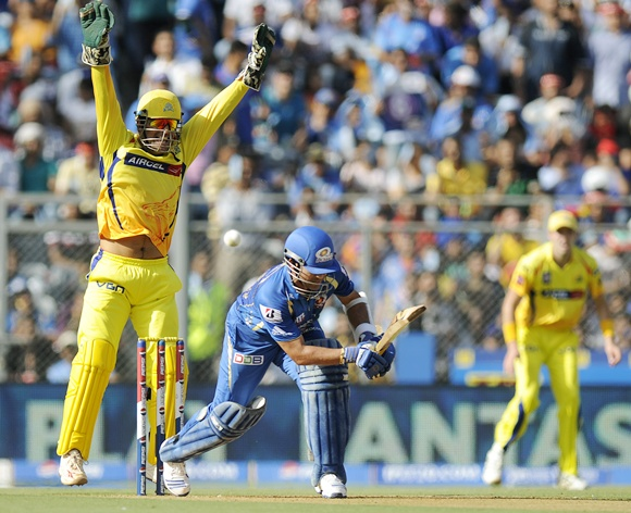 Mahendra Singh Dhoni appeals successfully for the wicket of Sachin Tendulkar
