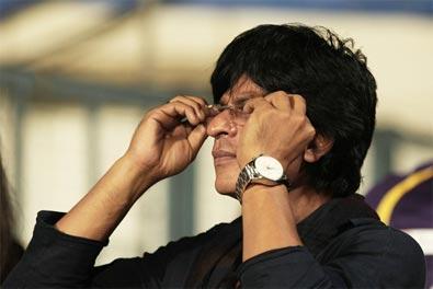Don't allow SRK inside Wankhede: MCA tells Mumbai Police