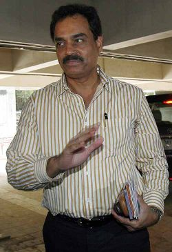 Vengsarkar calls for 'additional IPL final' in Mumbai