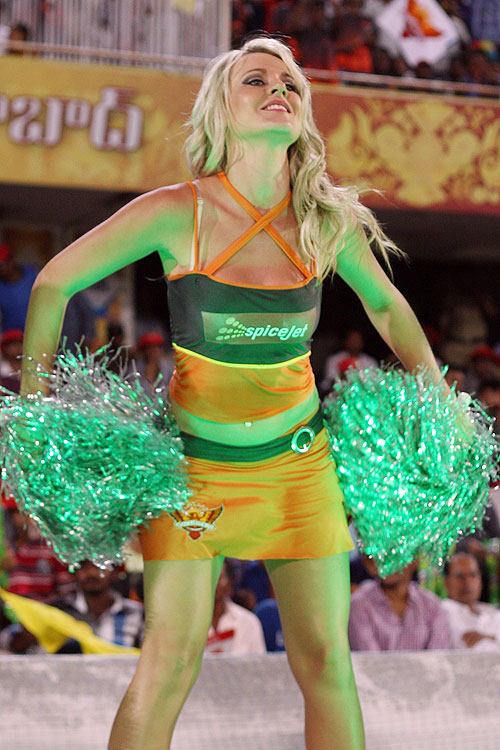 Rediff Cricket - Indian cricket - IPL: Cheerleaders turn on the heat in Hyderabad