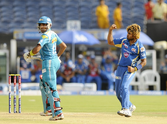 Lasith Malinga of Mumbai Indians celebrates the wicket of Robin Uthappa