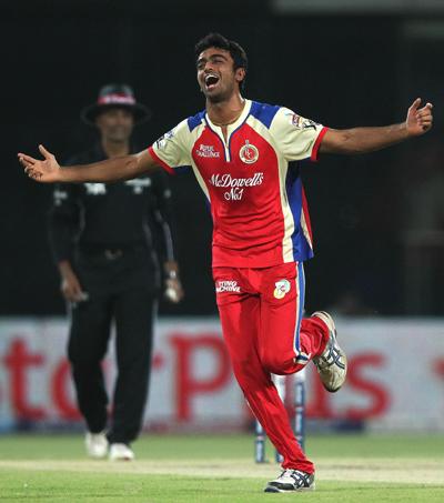IPL: Kohli, Unadkat help Bangalore edge past Delhi
