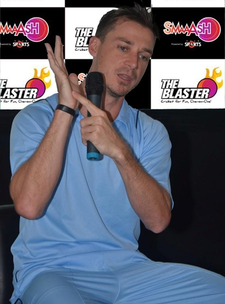 Dale Steyn at gaming centre Smaash