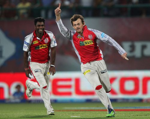 Rediff Cricket - Indian cricket - 'Bowler' Gilchrist ends IPL career on a high